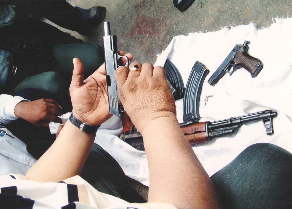 NK-Amin-Handling-Gun1-1024x735