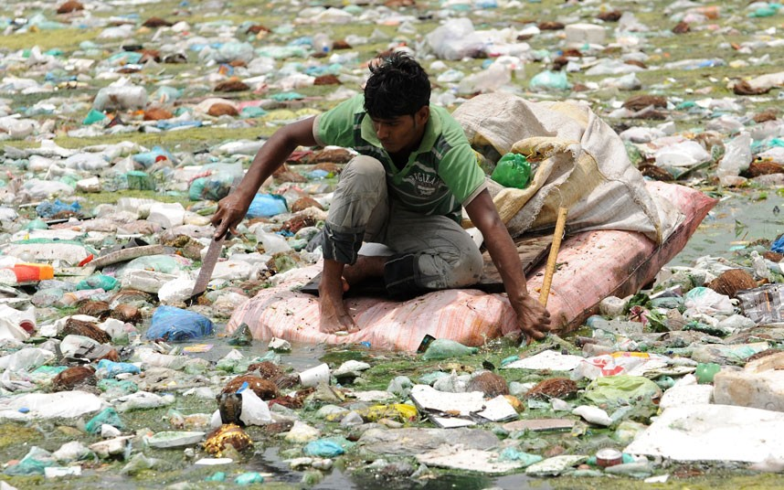 water pollution 7 essay Writing an essay about water pollution is a cinch, especially if you've been reading a lot about the subject water pollution is a usual topic in high school.
